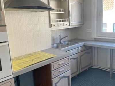 Location Appartement 4 pièces 76m² Douai (59500) - Photo 3