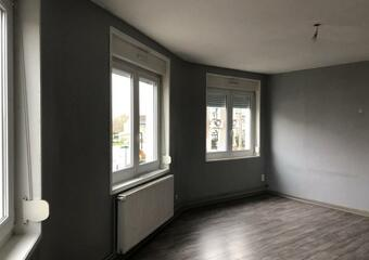 Location Appartement 3 pièces 80m² Cambrin (62149) - photo