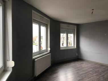 Location Appartement 3 pièces 80m² Cambrin (62149) - photo