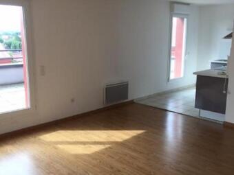Location Appartement 2 pièces 59m² Béthune (62400) - photo