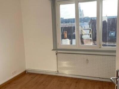 Location Appartement 4 pièces 76m² Douai (59500) - Photo 4