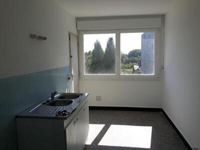 Location Appartement 4 pièces 81m² Douai (59500) - Photo 6