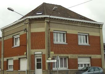 Location Appartement 3 pièces 90m² Roost-Warendin (59286) - photo
