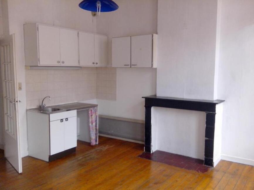 location appartement 2 pi ces douai 59500 69775. Black Bedroom Furniture Sets. Home Design Ideas