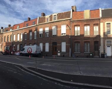 Vente Maison 10 pièces 195m² Sin-le-Noble (59450) - photo