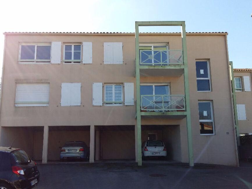 Vente appartement 2 pi ces la rochelle 17000 78658 for Garage ad la rochelle