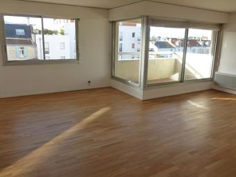 Location Appartement 3 pièces 84m² La Rochelle (17000) - photo