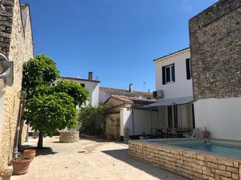 Vente Maison 7 pièces 137m² Sainte-Marie-de-Ré (17740) - photo