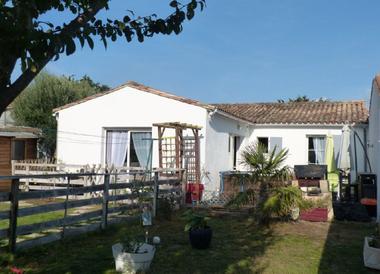 Vente Maison 5 pièces 121m² Le Bois-Plage-en-Ré (17580) - photo