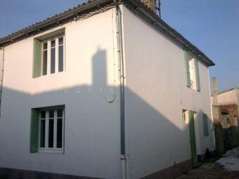 Location Maison 3 pièces 59m² Sainte-Marie-de-Ré (17740) - photo