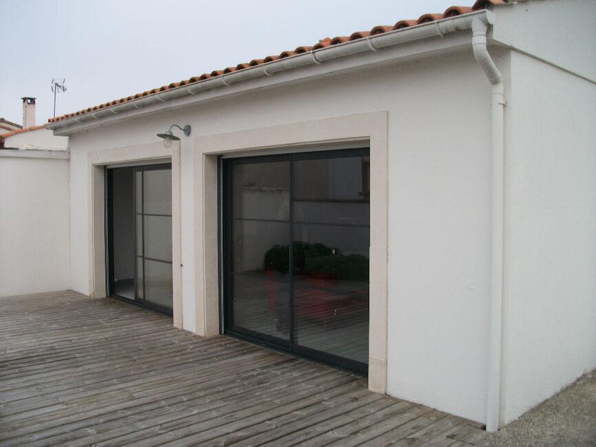 Vente maison 3 pi ces la rochelle 17000 163617 for Garage ad la rochelle