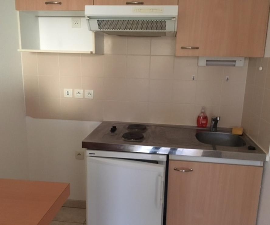 location appartement 2 pi ces strasbourg 67200 236969. Black Bedroom Furniture Sets. Home Design Ideas