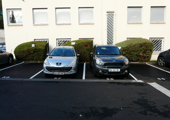 Vente Garage Clermont-Ferrand (63000) - Photo 1