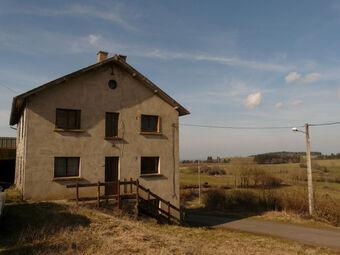 Vente Maison 8 pièces 156m² Gelles (63740) - photo