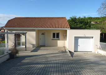 Location Maison 5 pièces Mirefleurs (63730) - Photo 1