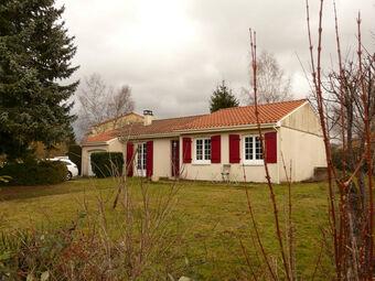Vente Maison 4 pièces 106m² Pontgibaud (63230) - Photo 1