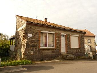 Vente Maison 4 pièces 106m² Chapdes-Beaufort (63230) - photo