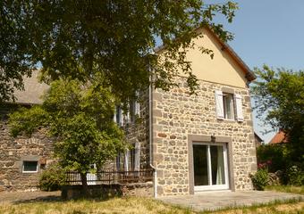 Vente Maison 6 pièces 170m² Bromont-Lamothe (63230) - photo