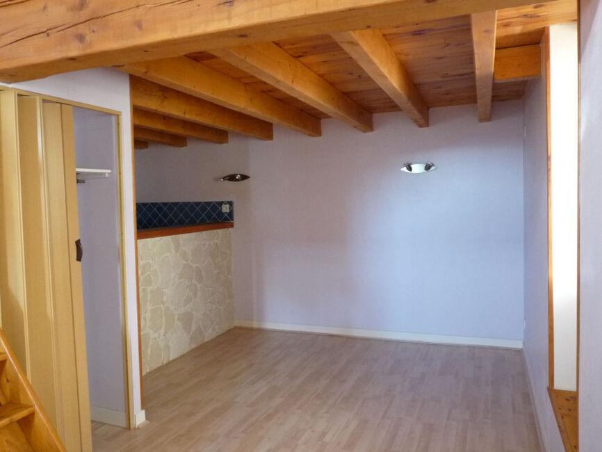 Location maison 2 pi ces cournon d 39 auvergne 63800 211154 for Auvergne location maison