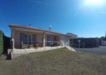 Location Maison 5 pièces 134m² Lezoux (63190) - photo