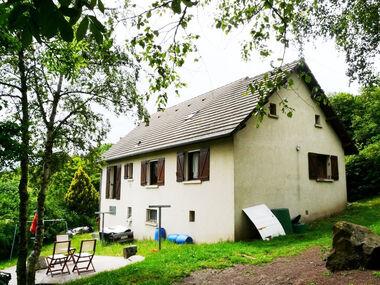 Vente Maison 6 pièces 165m² Gelles (63740) - photo