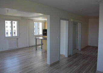Location Appartement 4 pièces 82m² Clermont-Ferrand (63000) - Photo 1