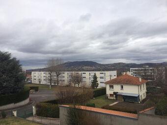 Location Appartement 2 pièces 62m² Cournon-d'Auvergne (63800) - photo