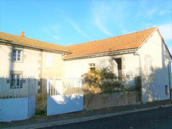 Vente Maison 8 pièces 184m² Saint-Jacques-d'Ambur (63230) - photo