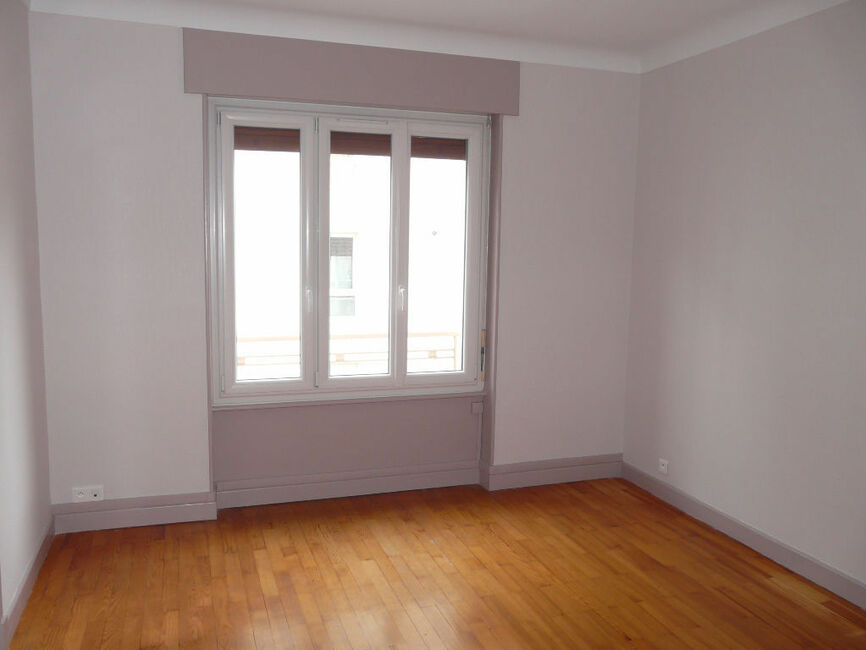 vente appartement 5 pi ces clermont ferrand 63000 351583. Black Bedroom Furniture Sets. Home Design Ideas