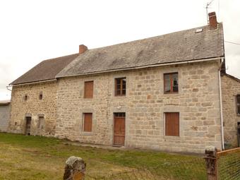 Vente Maison 3 pièces 185m² CONDAT EN COMBRAILLE - Photo 1
