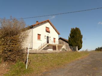 Vente Maison 6 pièces 150m² Saint-Jacques-d'Ambur (63230) - photo