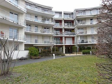 Location Appartement 5 pièces 101m² Clermont-Ferrand (63100) - photo