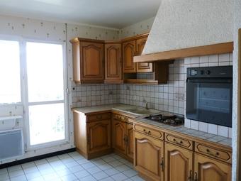 Location Appartement 4 pièces 88m² Le Cendre (63670) - photo