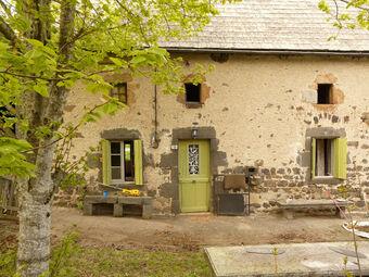 Vente Maison 3 pièces 68m² Gelles (63740) - photo