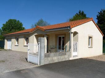 Location Maison 4 pièces 92m² Les Martres-d'Artière (63430) - Photo 1