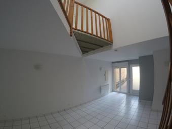 Location Appartement 2 pièces 60m² Pérignat-sur-Allier (63800) - Photo 1