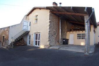 Location Maison 3 pièces 61m² Chas (63160) - Photo 1