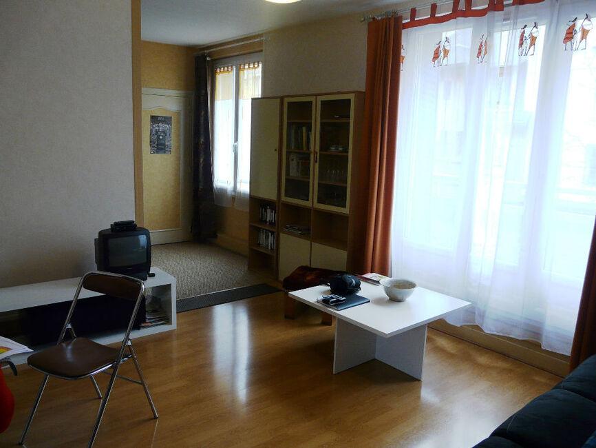 vente appartement 3 pi ces clermont ferrand 63000 367946. Black Bedroom Furniture Sets. Home Design Ideas