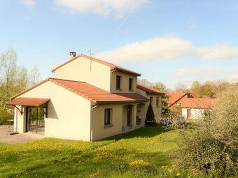 Vente Maison 7 pièces 200m² Bromont-Lamothe (63230) - photo
