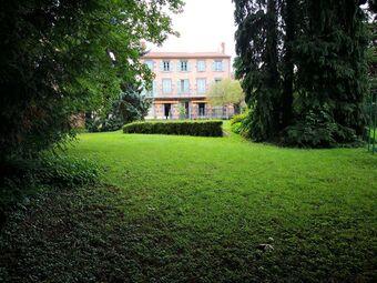 Vente Maison 8 pièces 380m² Veyre-Monton (63960) - photo