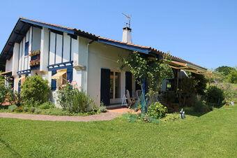 Vente Maison 5 pièces 140m² URCUIT - photo