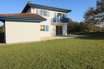 Vente Maison 4 pièces 142m² URCUIT - photo
