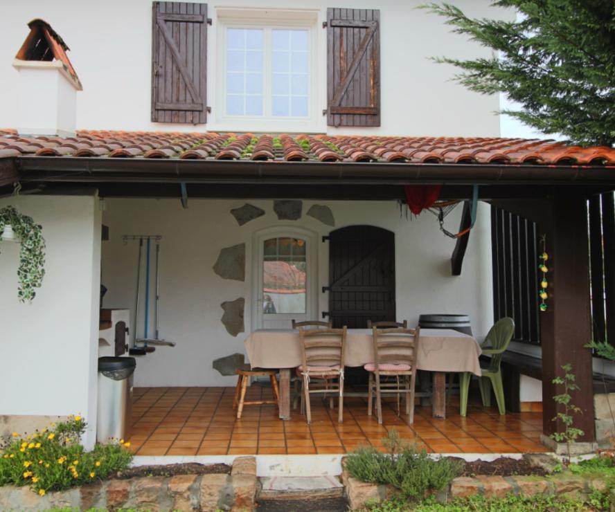 Vente Maison 8 pièces 180m² LAHONCE - photo
