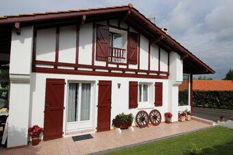 Vente Maison 4 pièces 109m² SAINT PIERRE D IRUBE - Photo 1