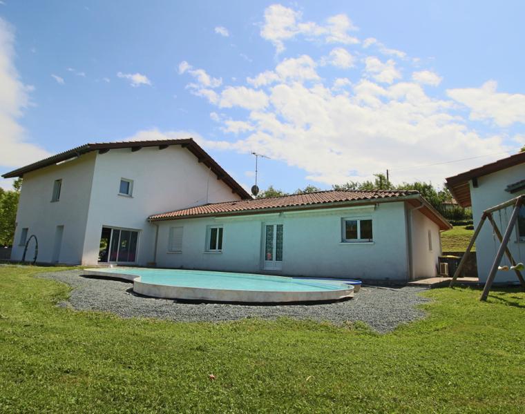 Vente Maison 8 pièces 200m² URCUIT - photo
