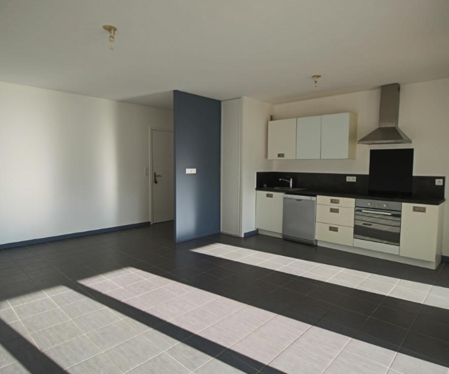 Location Appartement 3 pièces 63m² Ustaritz (64480) - photo