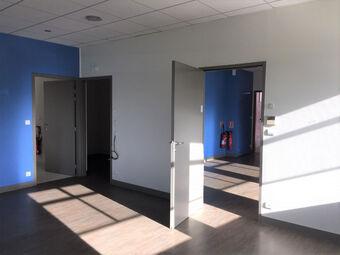 Vente Bureaux 87m² TRELAZE - photo