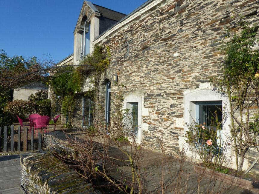 Vente maison 7 pi ces saint barthelemy d anjou 75988 for Les 5 jardins saint barthelemy d anjou