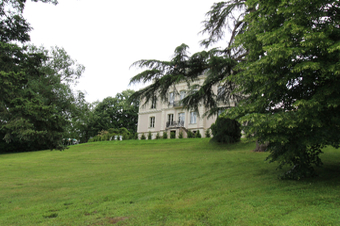 Vente Maison 7 pièces 330m² CANTENAY EPINARD - photo
