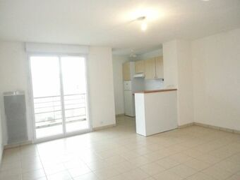 Location Appartement 3 pièces 63m² Beaumont (63110) - photo